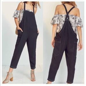 Urban Outfitters BDG Black Cropped Linen Overalls